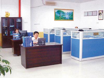 業務部辦公室_深圳注塑加工_深圳塑膠模具